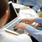 評価される議事録の書き方とは?事前準備や簡単に書けるコツを紹介
