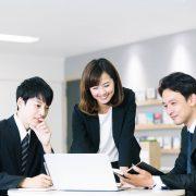生産性を向上させるには?取り組みのポイントや企業の成功事例を紹介