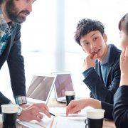 組織と戦略の関係性とは?組織戦略を成功させるコツなども徹底解説