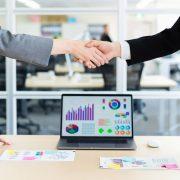 採用マーケティングとは?具体的な手法やプロセス、企業事例を紹介!