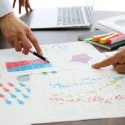 データ分析で使える手法とは?代表的な5つと企業の活用事例を紹介