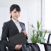 事務代行は有資格者に頼むべき?チェックしたい資格や依頼先も紹介