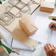 パッケージデザインに必要な費用の相場は?料金を抑えるコツはある?